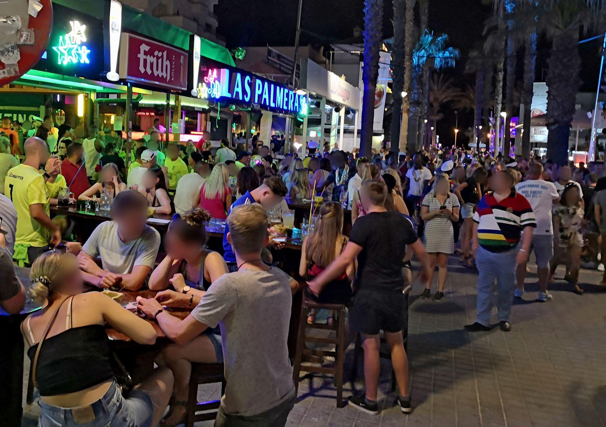 """Bild zu Party an der """"Bierstrasse"""" auf Mallorca"""