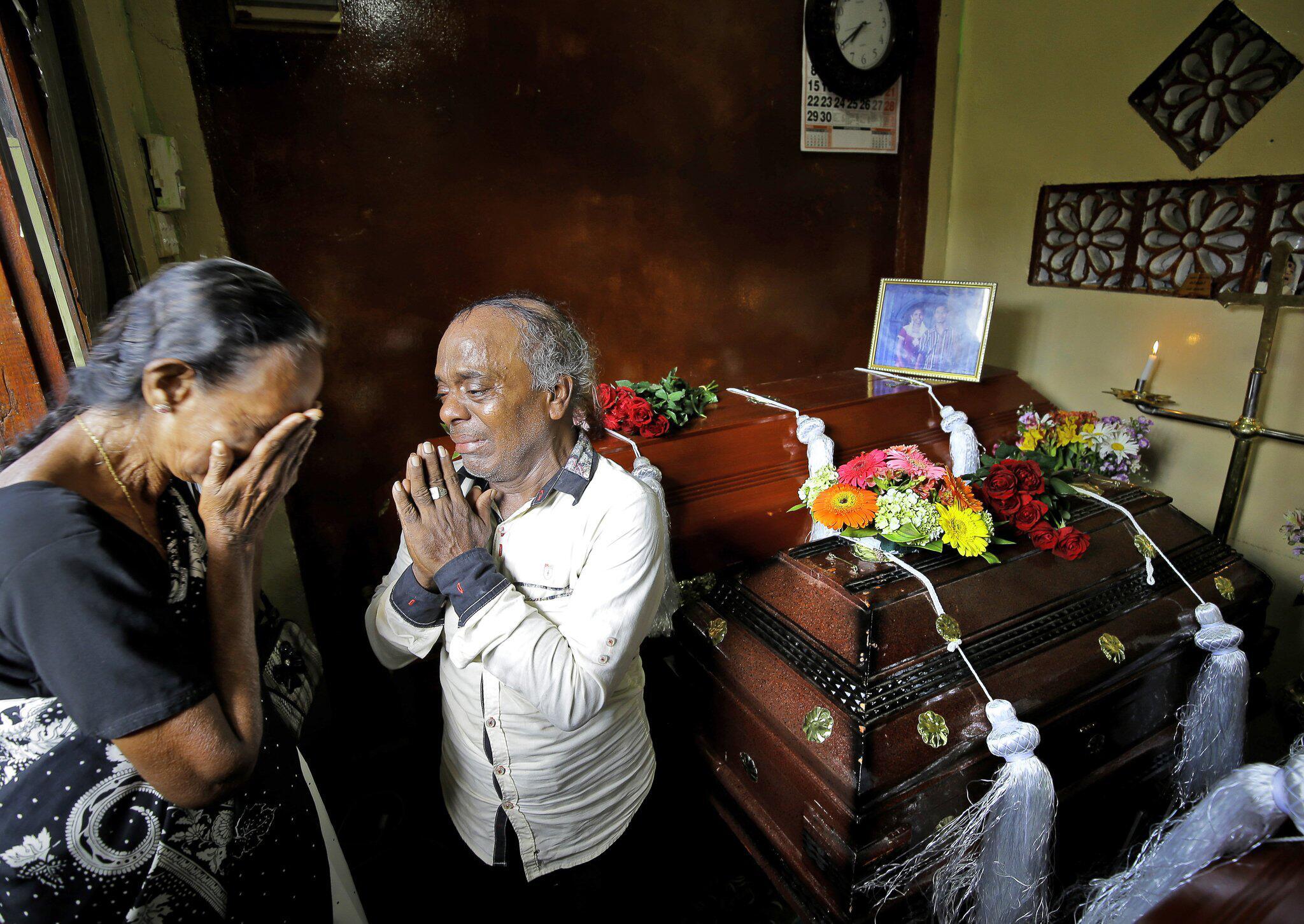 Bild zu Gedenken an die Opfer der Anschläge in Sri Lanka