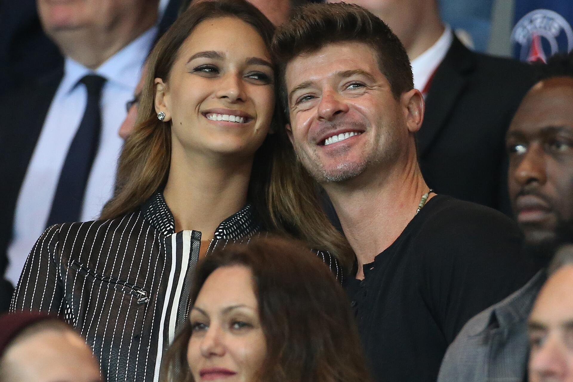Bild zu Robin Thicke, April Love Geary