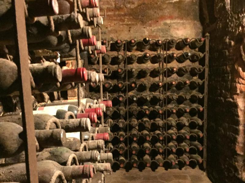 Bild zu Weinkeller