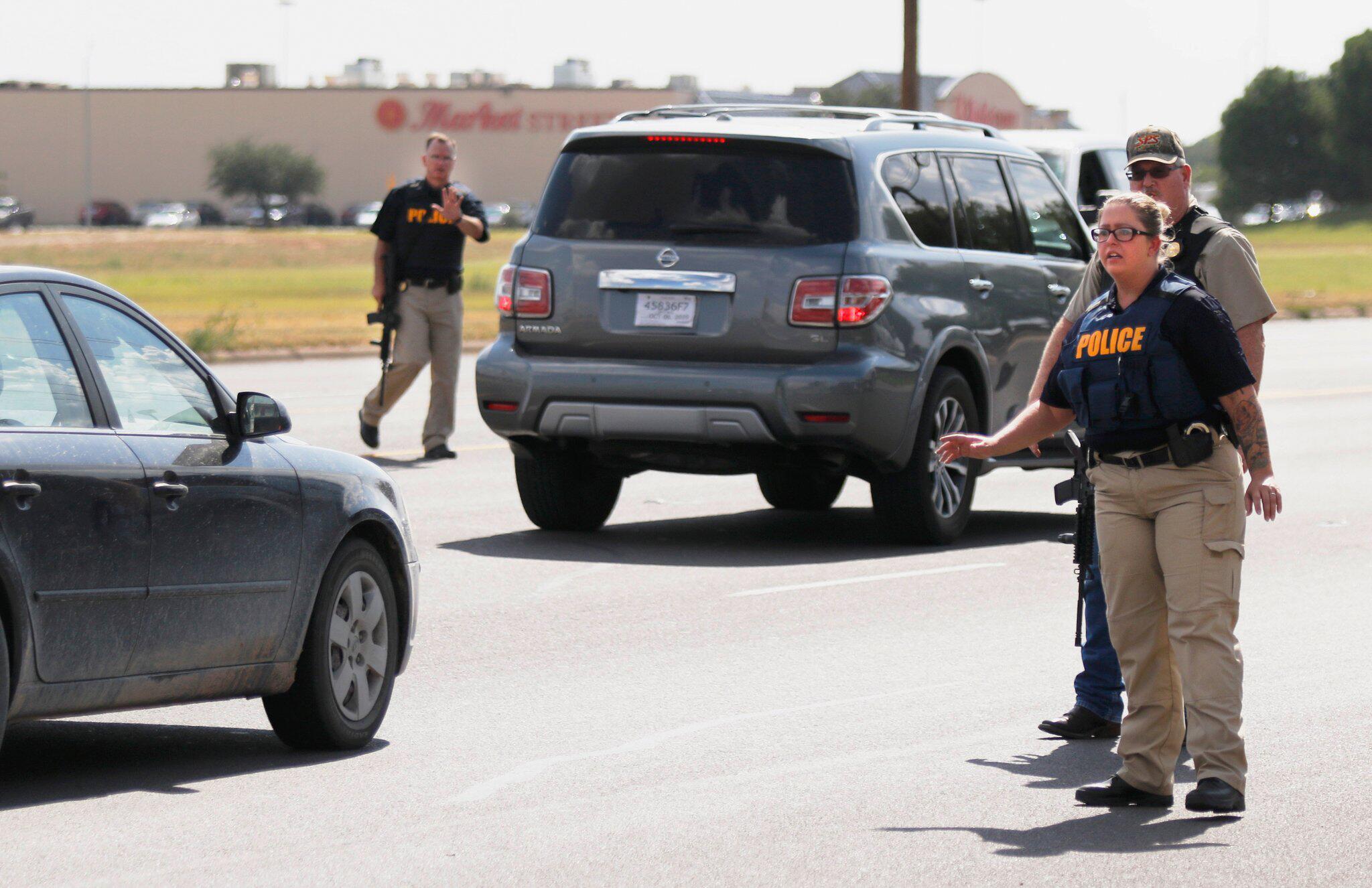 Bild zu Schütze in Texas eröffnet Feuer - Fünf Tote