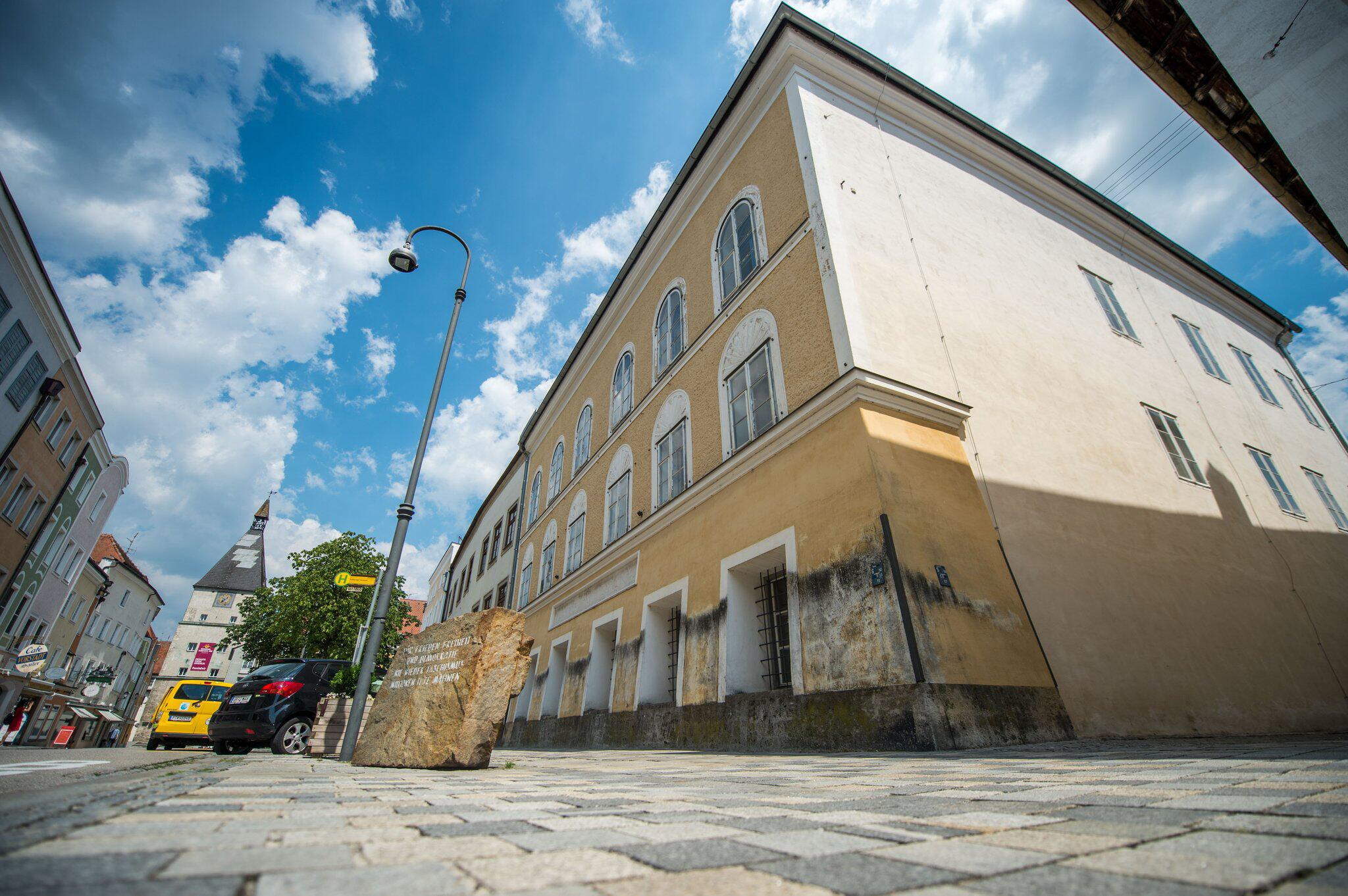 Bild zu Hitler-Geburtshaus soll künftig von der Polizei genutzt werden