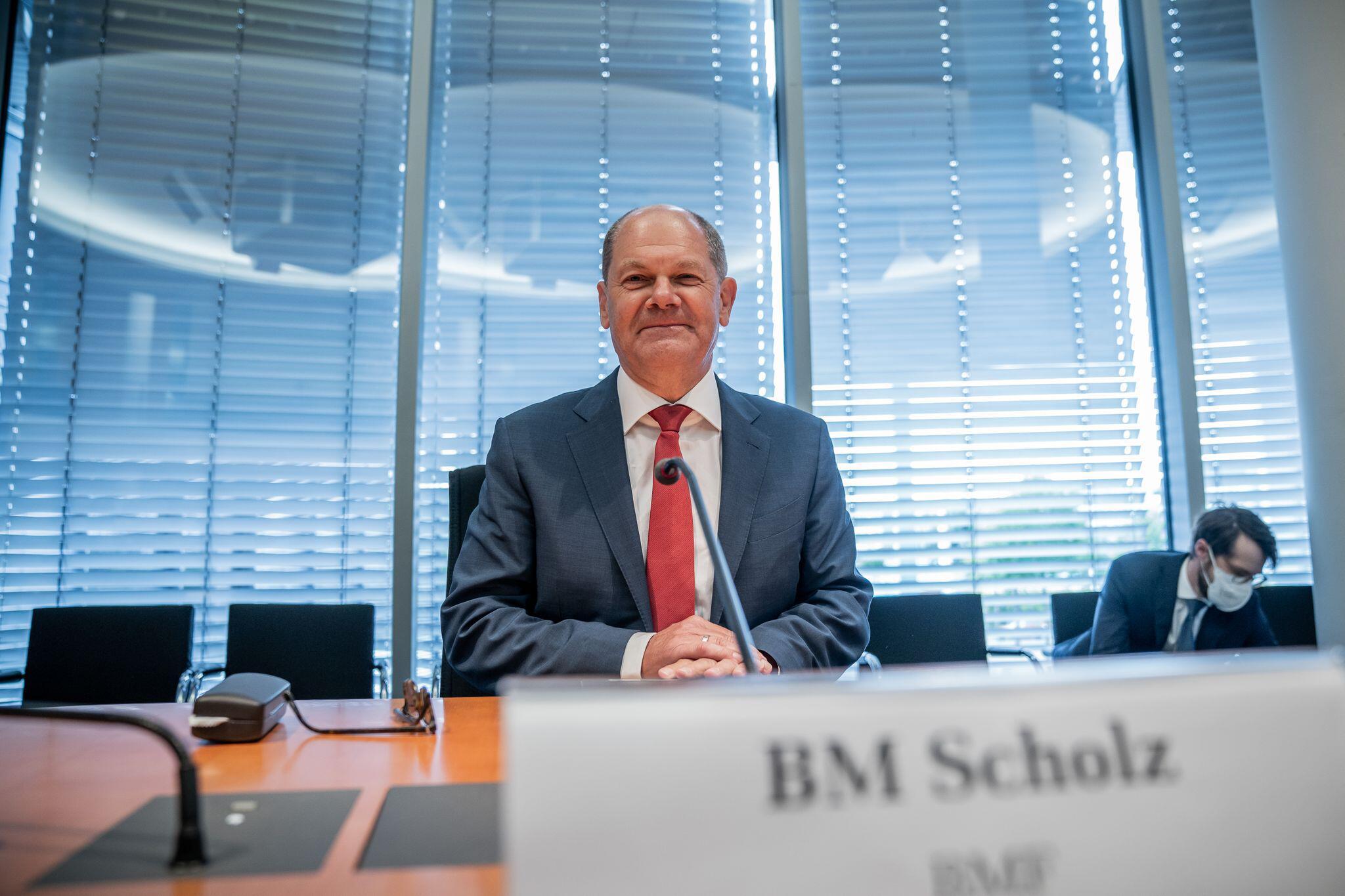 Bild zu Sitzung Bundestags-Finanzausschuss zum Wirecard-Skandal