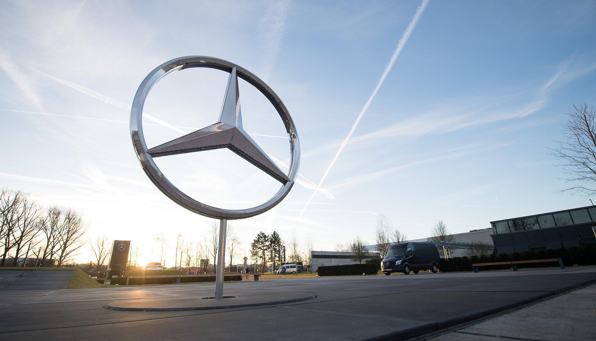 Bild zu Mercedes-Stern