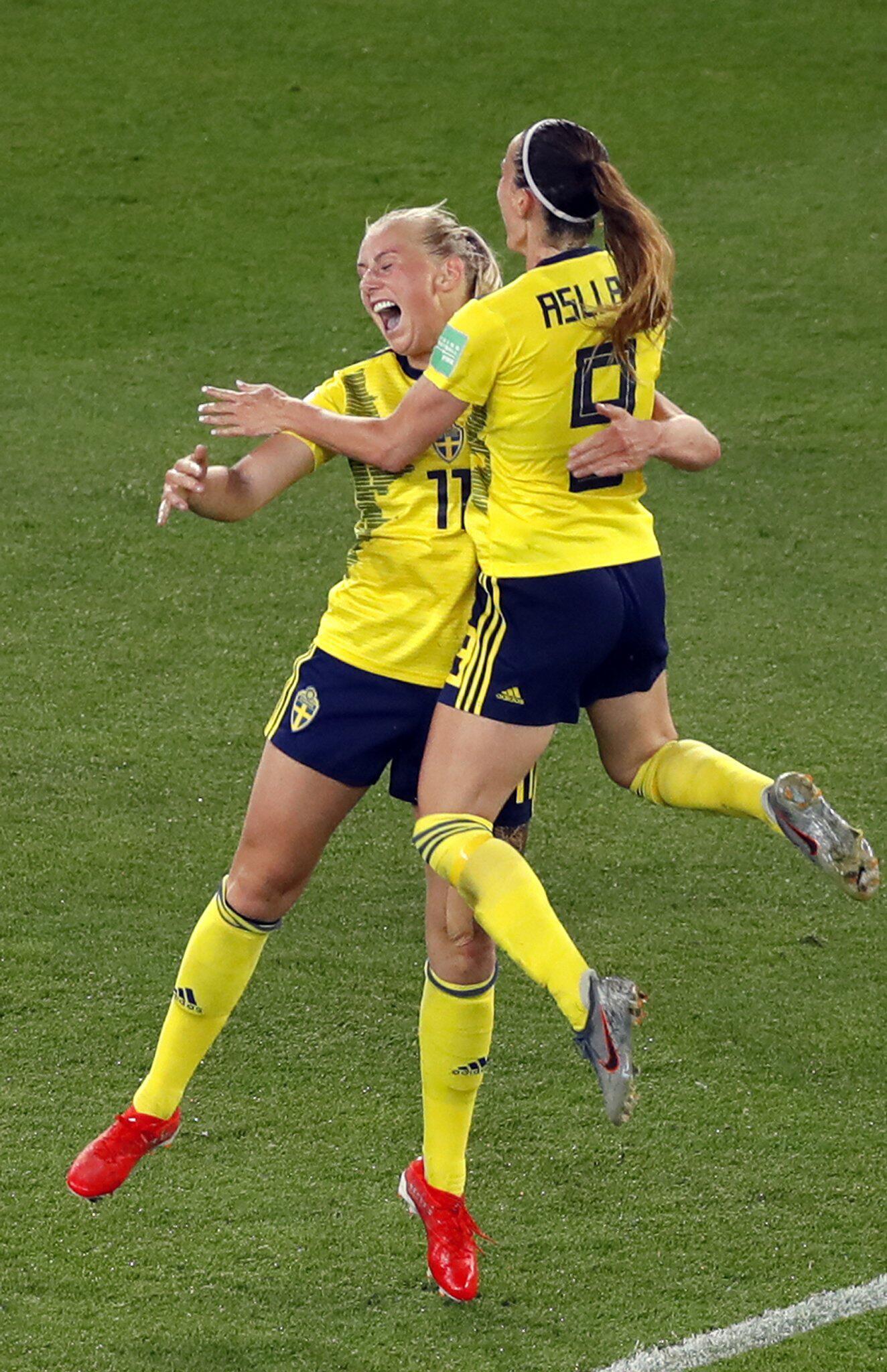 Bild zu Frauenfussball-WM - Schweden - Kanada