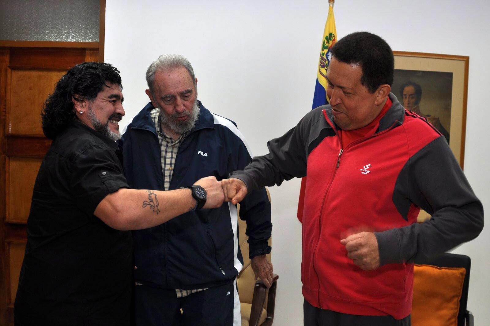 Bild zu Diego Maradona, Kuba, Fidel Castro, Hugo Chavez, Besuch, Havana, Venezuela
