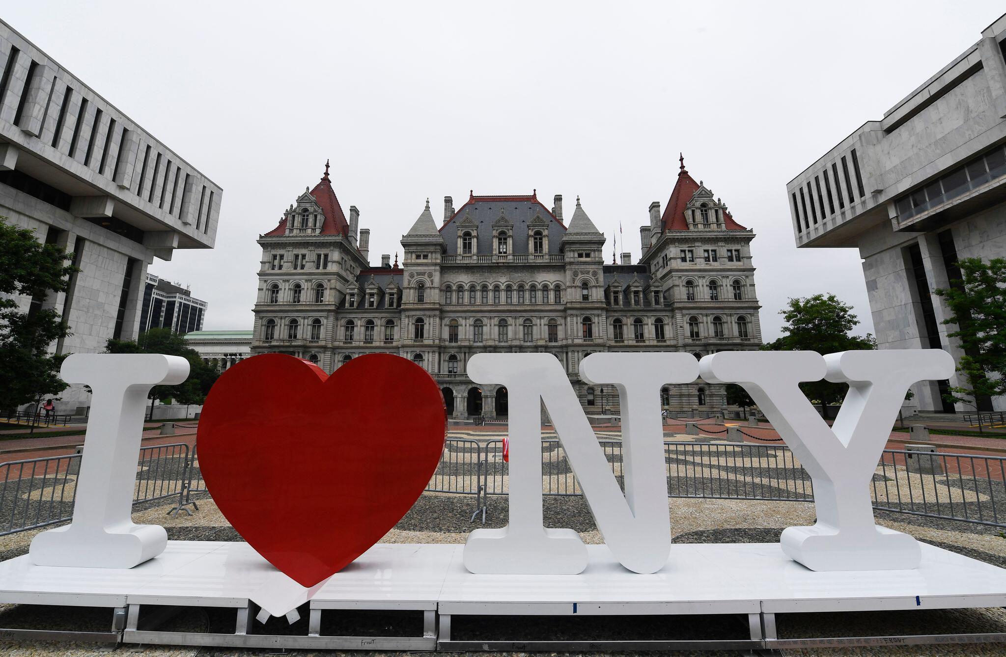"""Bild zu Designer des """"I love New York""""-Logos gestorben"""