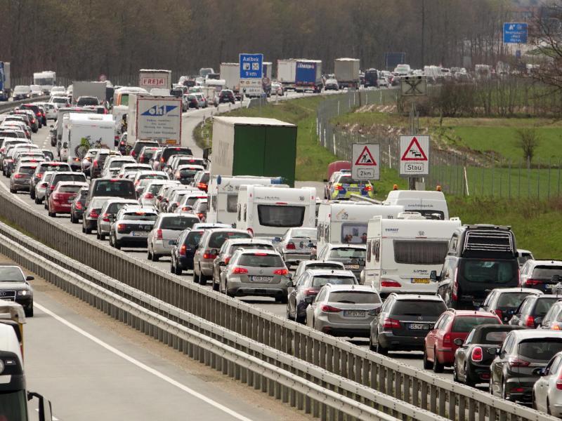 Bild zu Osterreiseverkehr