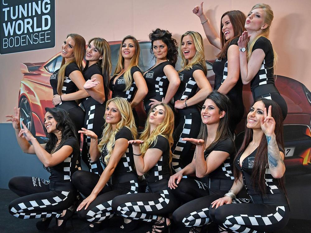 Bild zu 12 Finalistinnen