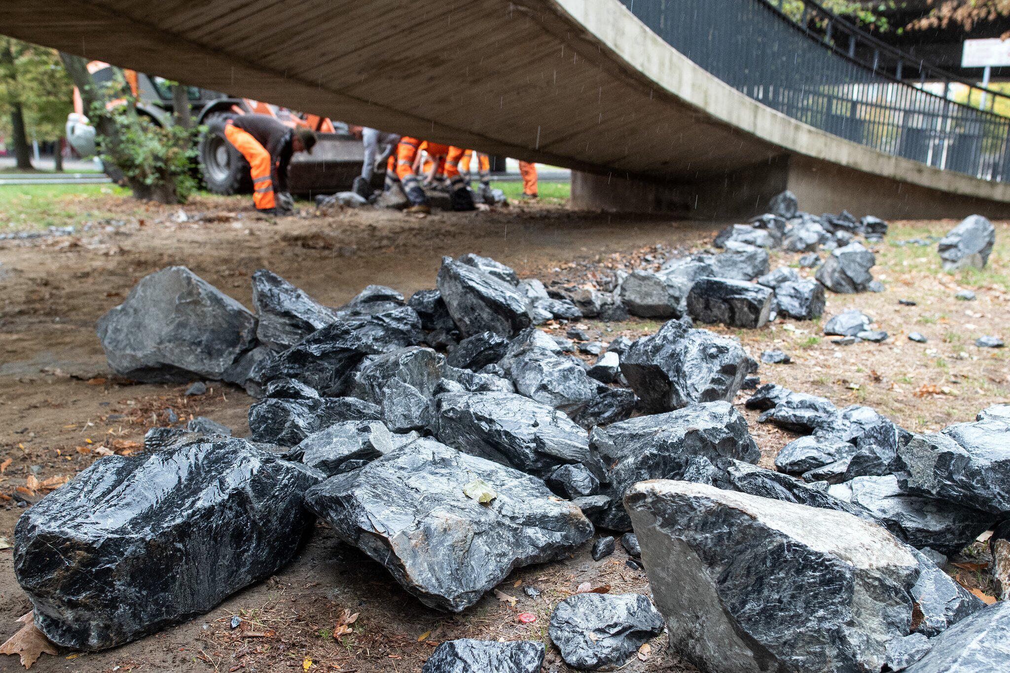 Bild zu Massnahme gegen Obdachlose - Steine beiseite geräumt