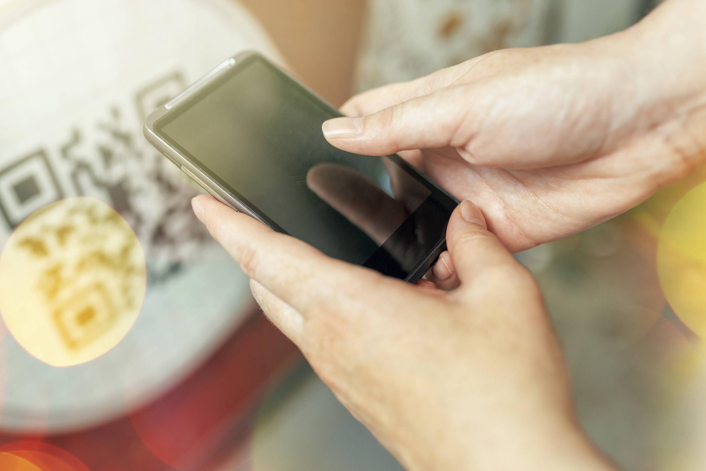 Bild zu Smartphone (Symbolbild)