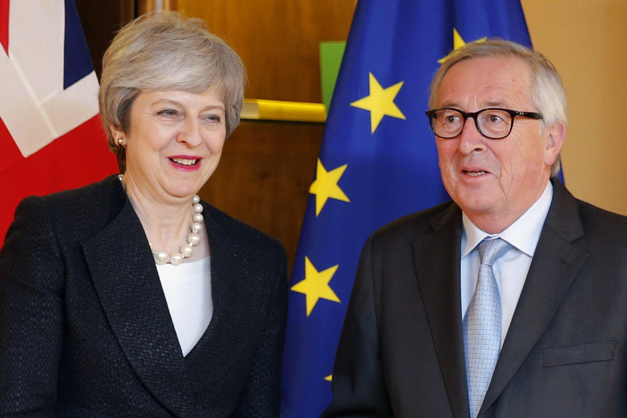 Bild zu Britische Premierministerin in Strassburg