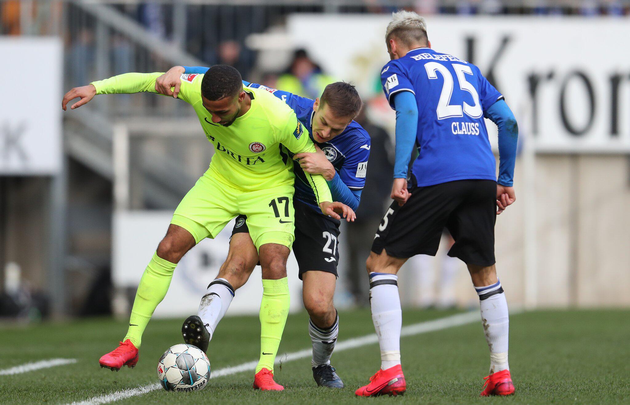 Bild zu Arminia Bielefeld - SV Contractions Wiesbaden