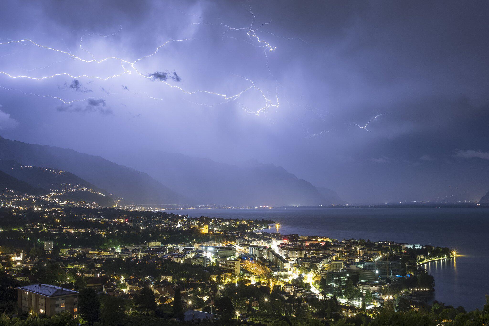Bild zu Gewitter, Genfer See