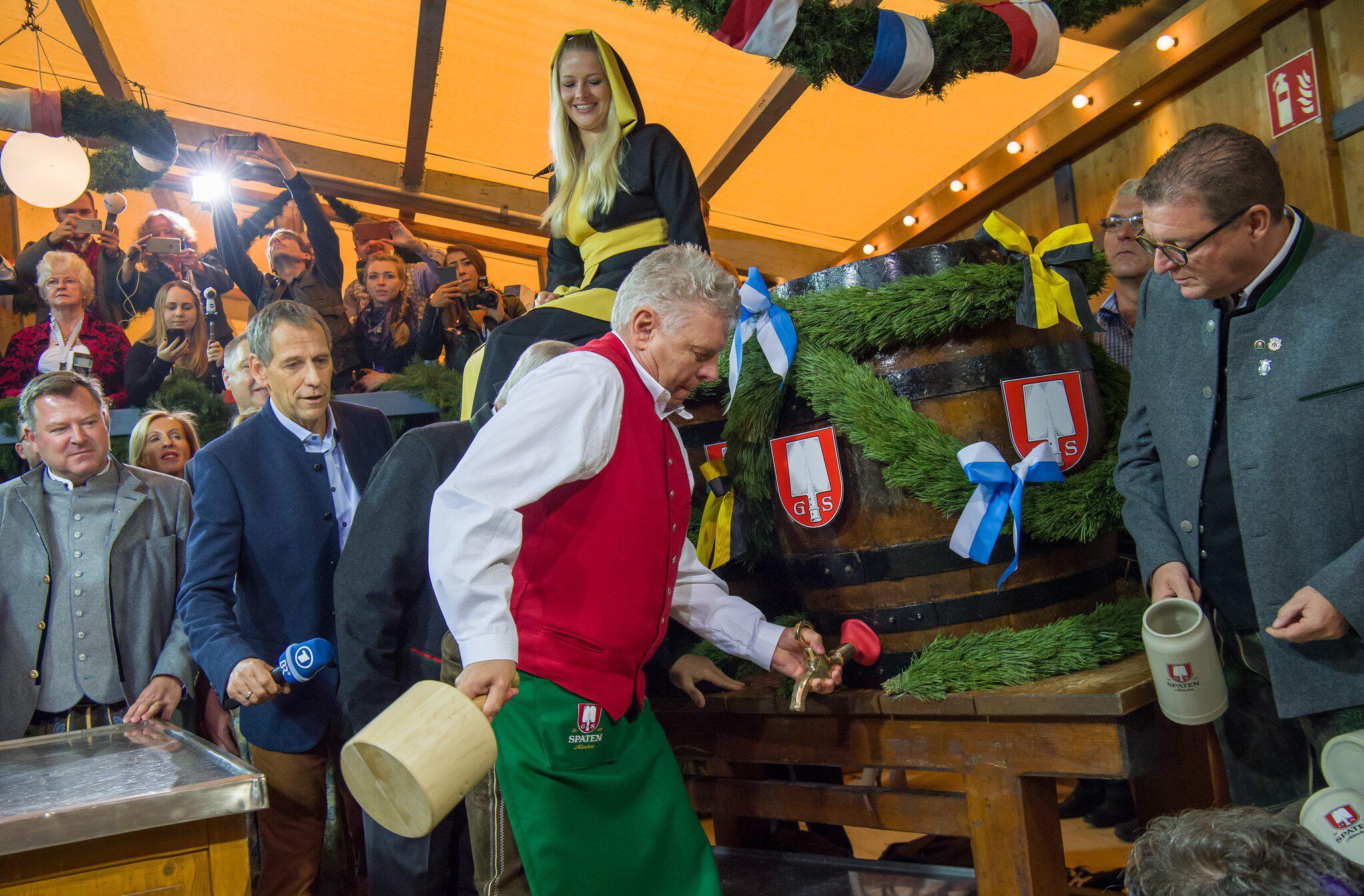 Bild zu Oktoberfest 2017 – Anstich OB Reiter