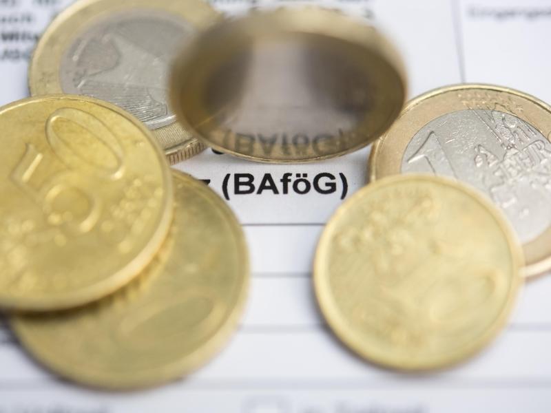 Bild zu Bafög-Rückzahlung