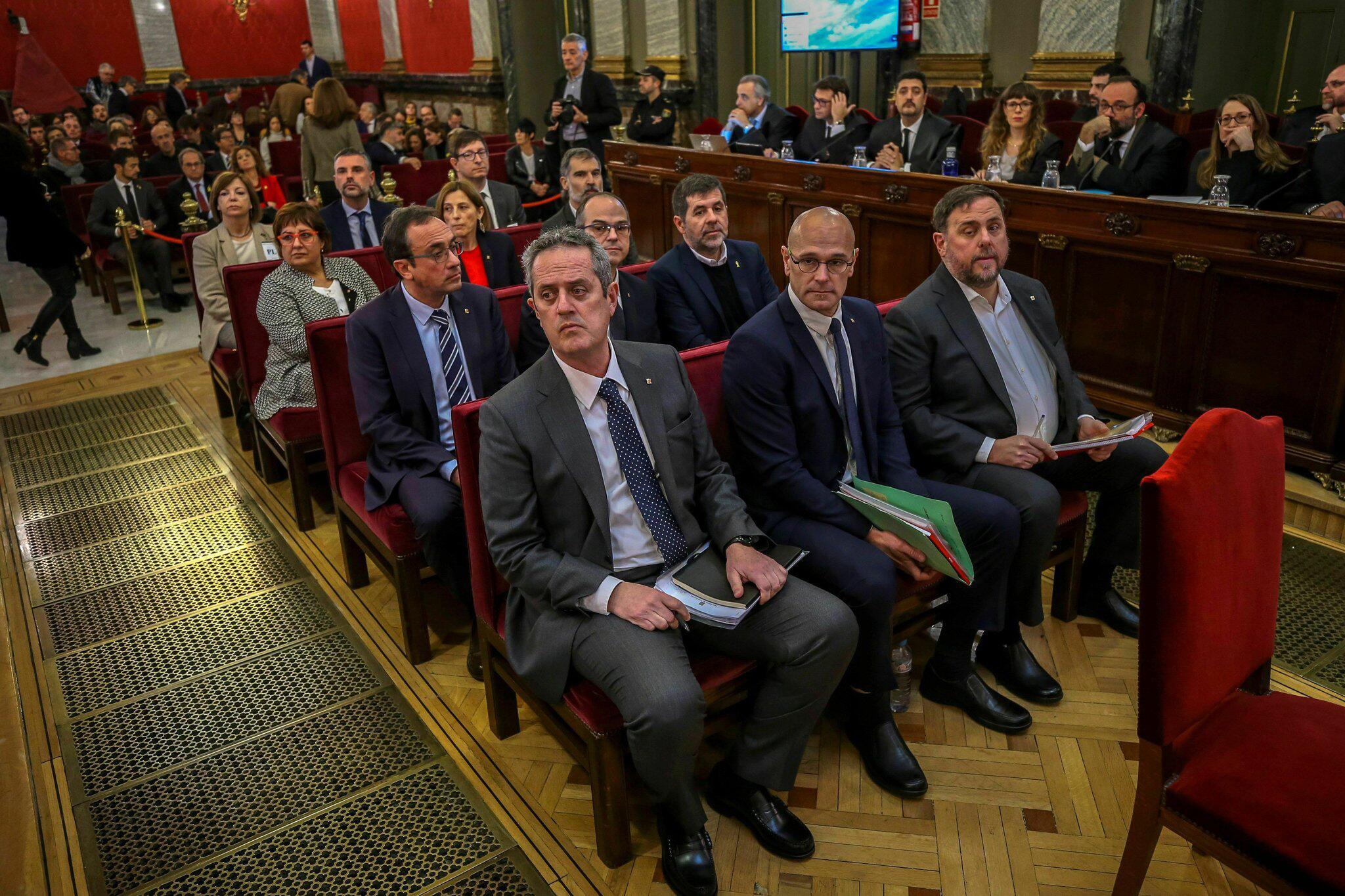 Bild zu Prozess gegen katalanische Separatistenführer