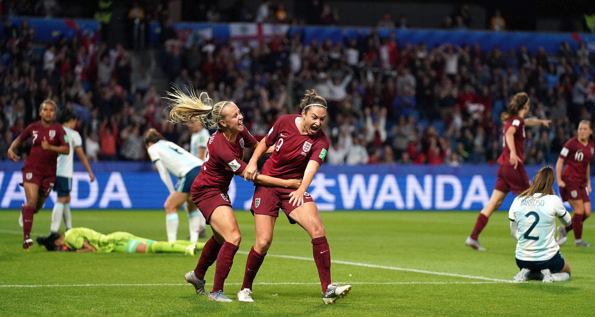 Bild zu Frauenfussball-WM - England - Argentinien