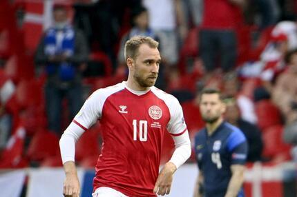 Fussball EM - Dänemark - Finnland