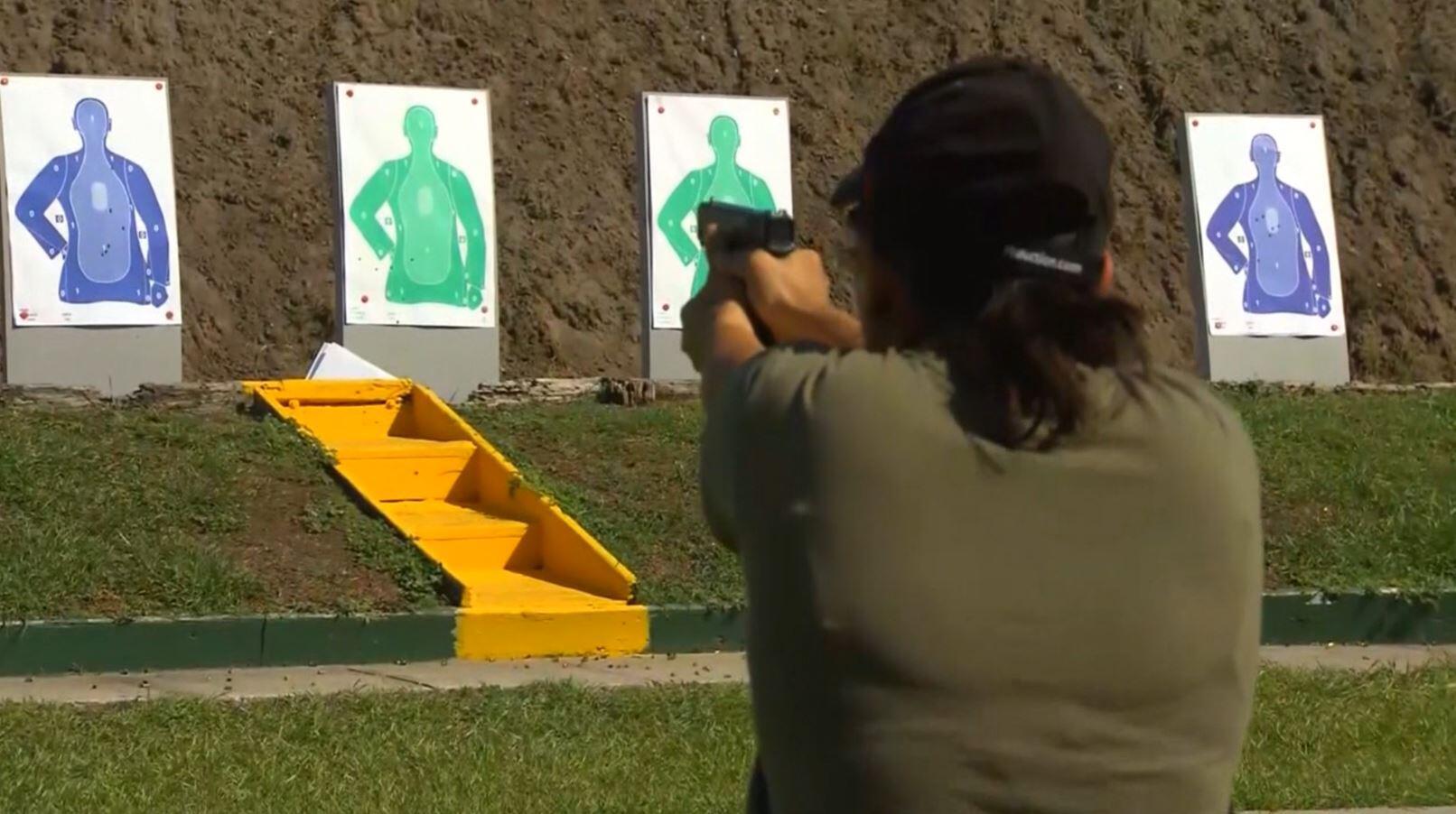 Bild zu Waffe