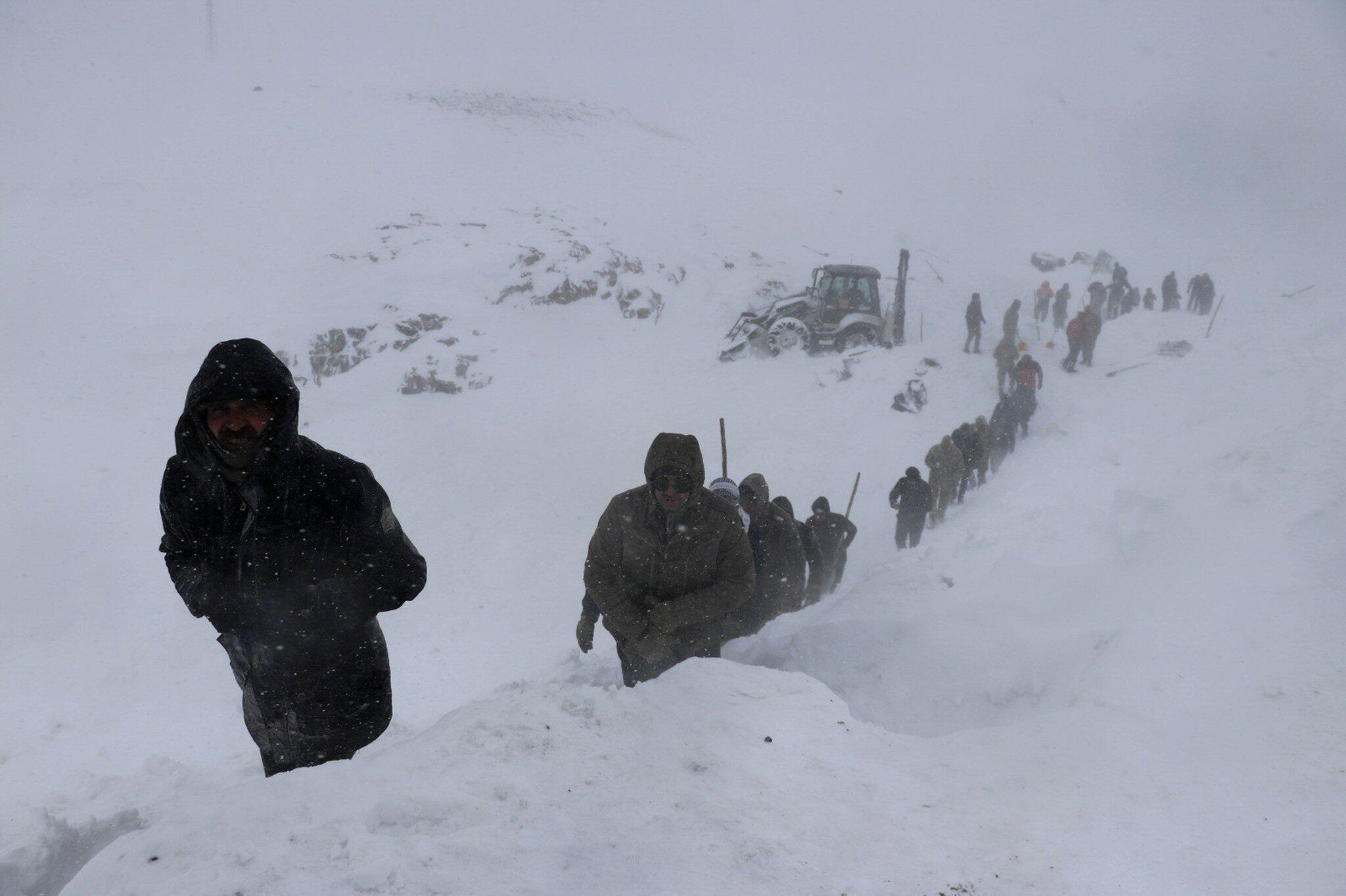 Bild zu Tote bei Lawinen in Osttürkei