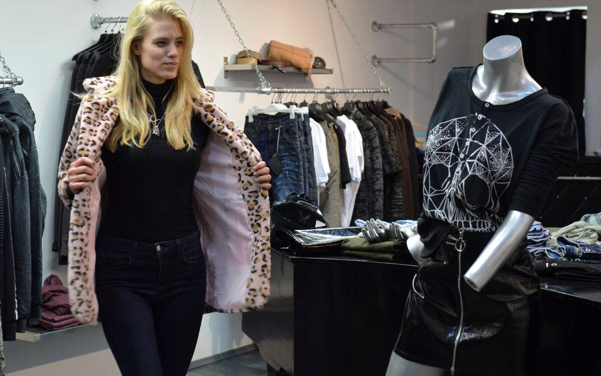 Bild zu Promi Shopping Queen, Guido Maria Kretschmer, VOX, Larissa Marolt, Nadine Menz, Cale Kaley