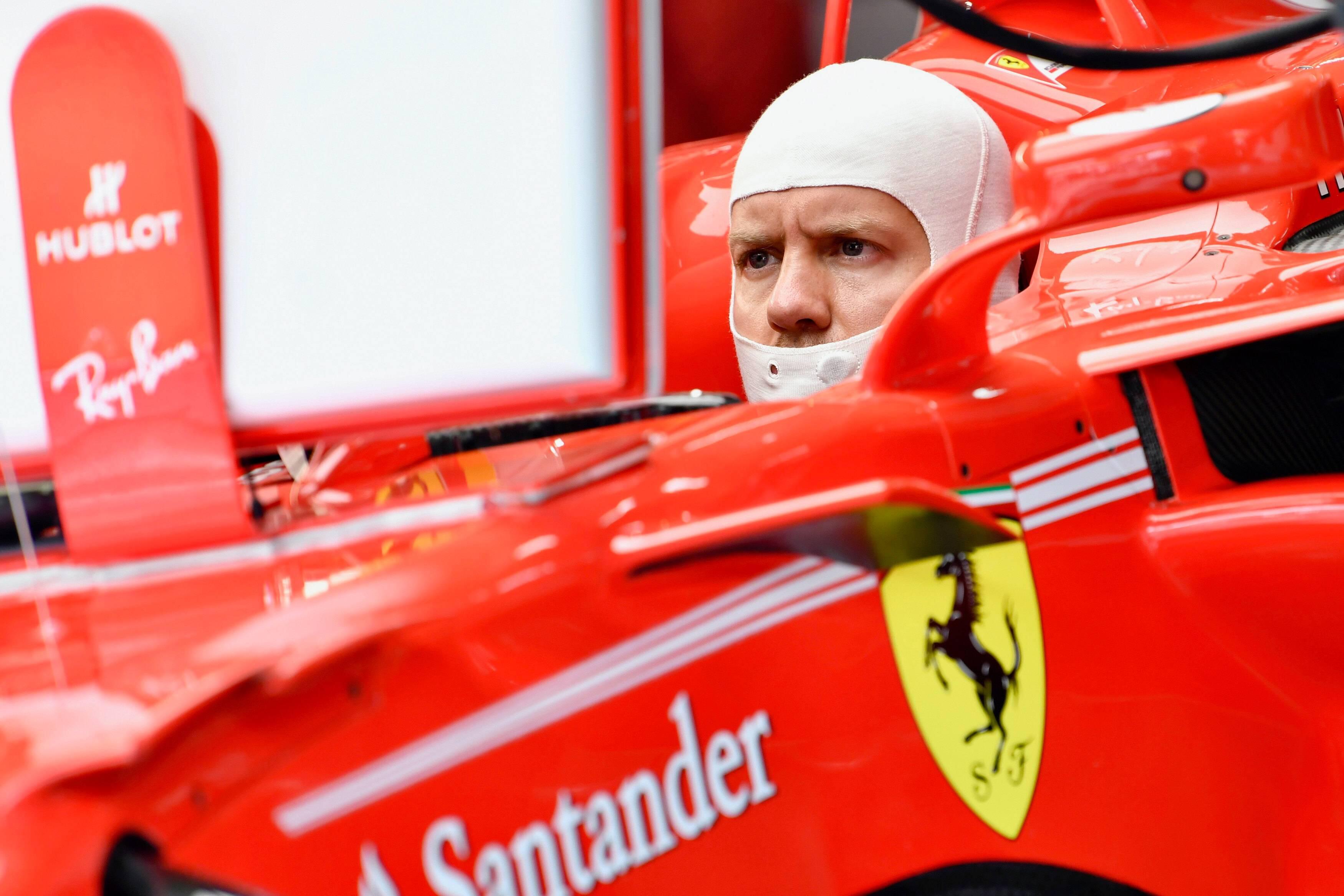 Bild zu Sebastian Vettel, Formel 1, Weltmeisterschaft, Lewis Hamilton