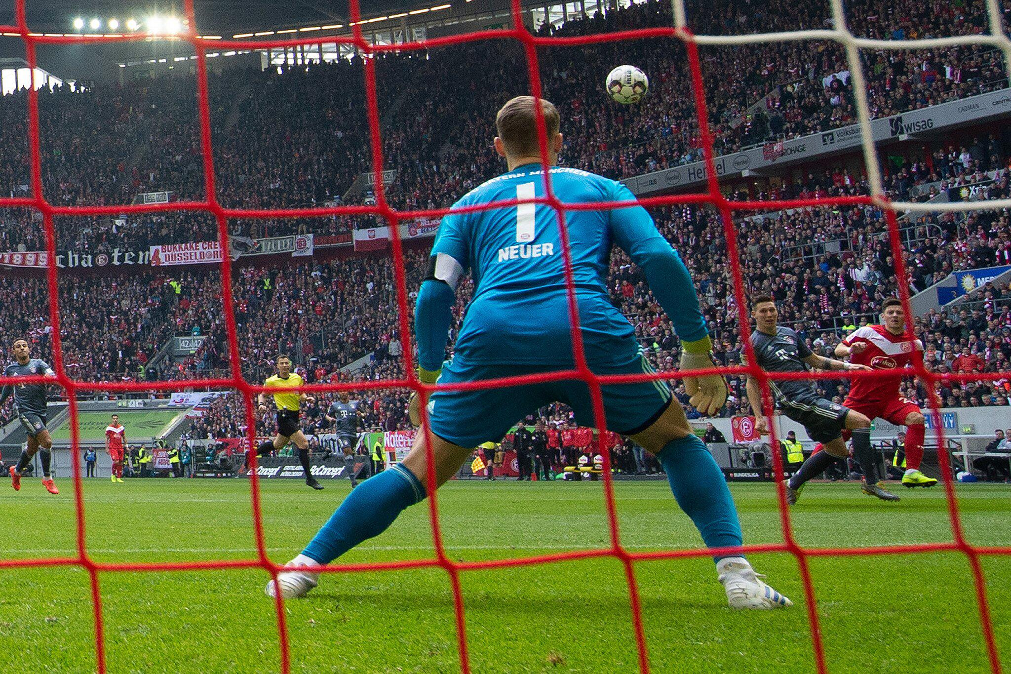 Bild zu Fortuna Düsseldorf - FC Bayern München