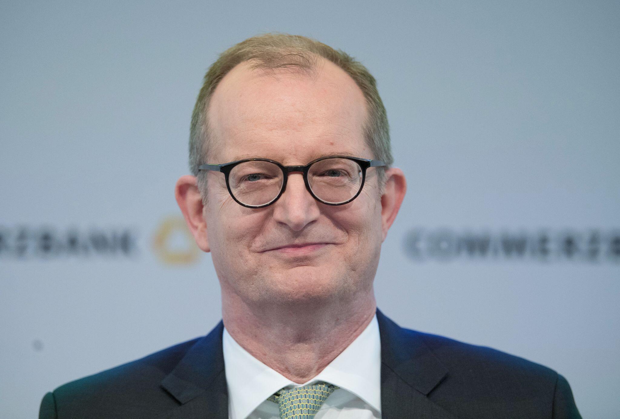 Bild zu Commerzbank-Chef Martin Zielke