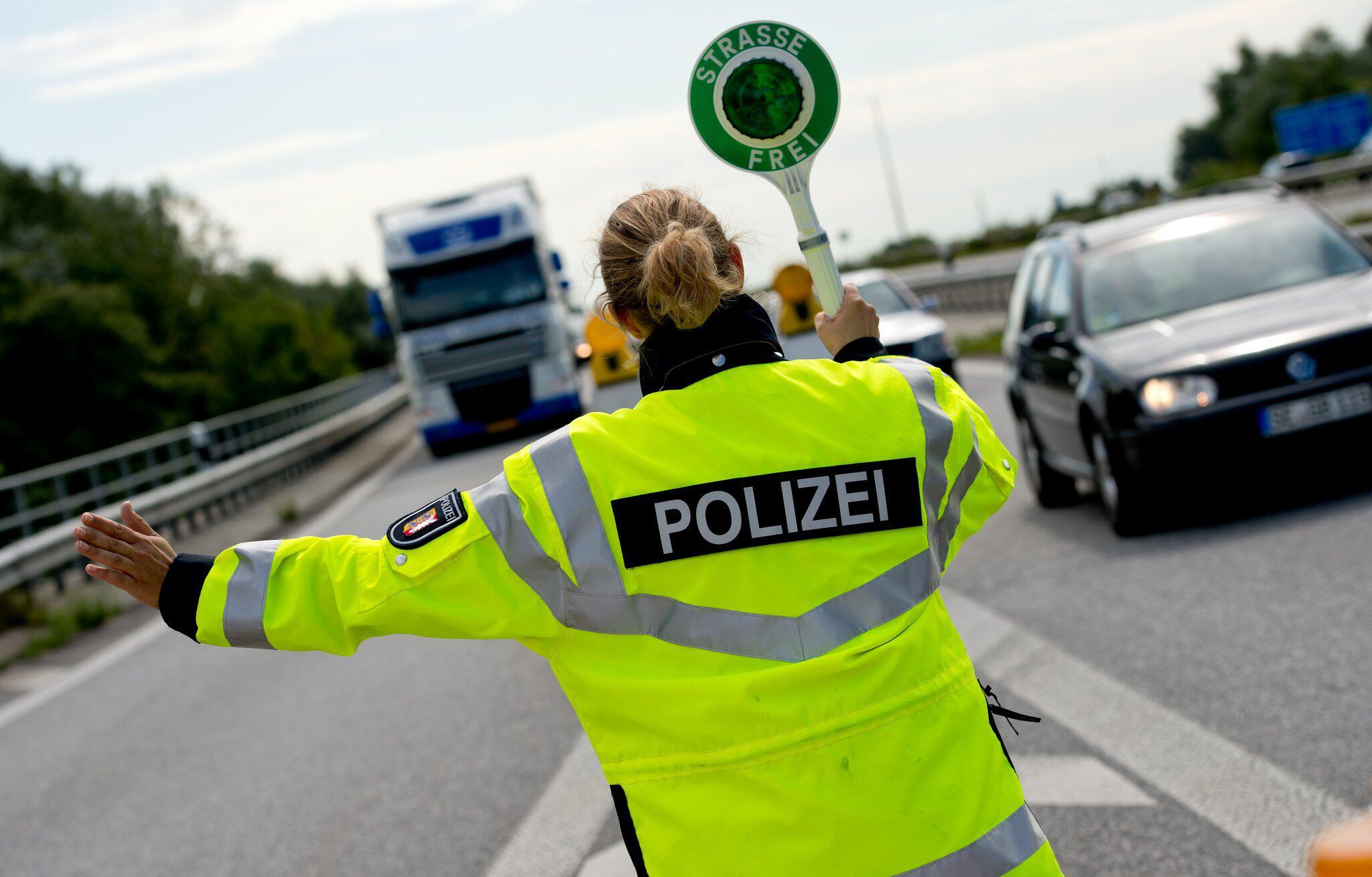 Bild zu Polizeikontrolle