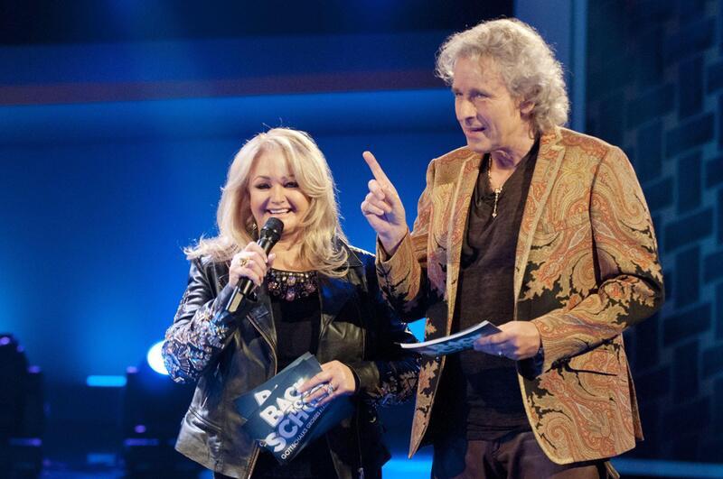 Bild zu Thomas Gottschalk und Sängerin Bonnie Tyler