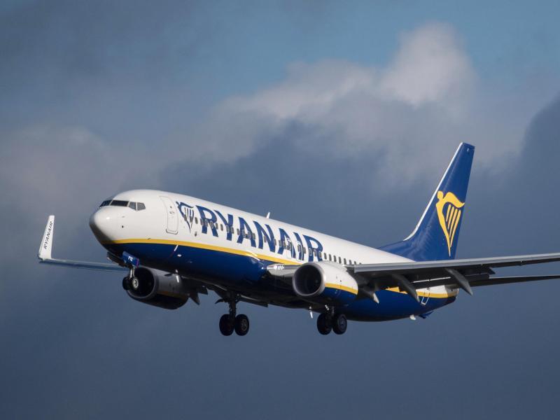 Bild zu Ryanair-Flugzeug