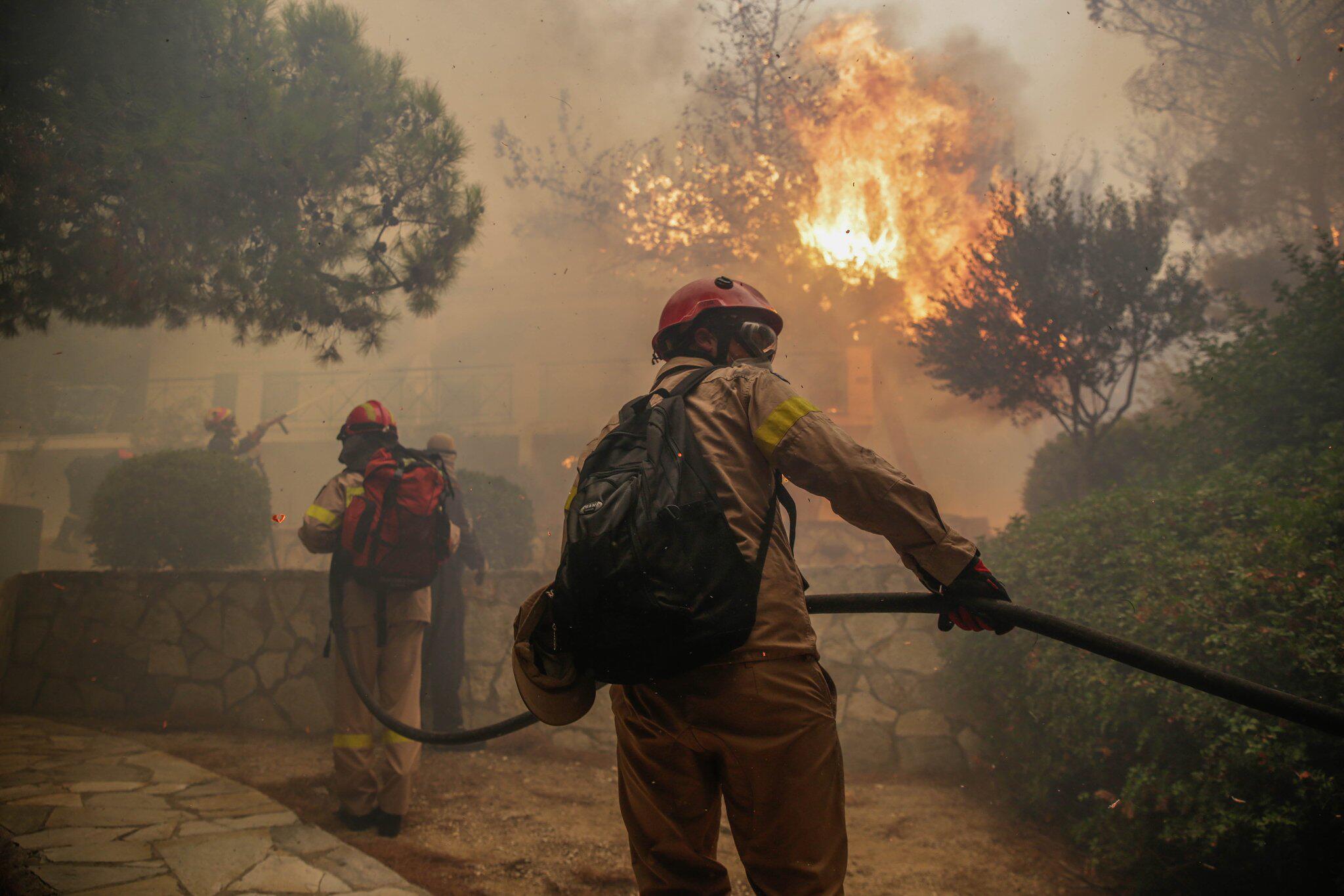 Bild zu Grossbrand in Griechenland