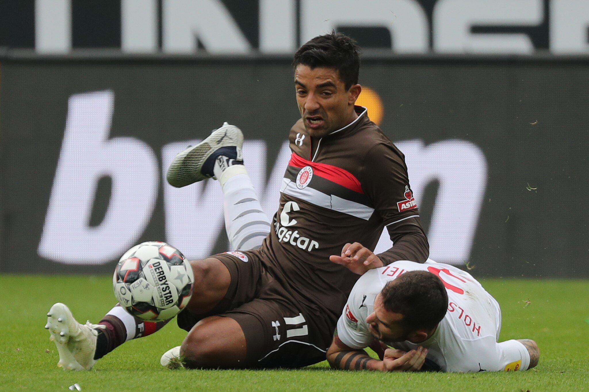 Bild zu FC St. Pauli - Holstein Kiel