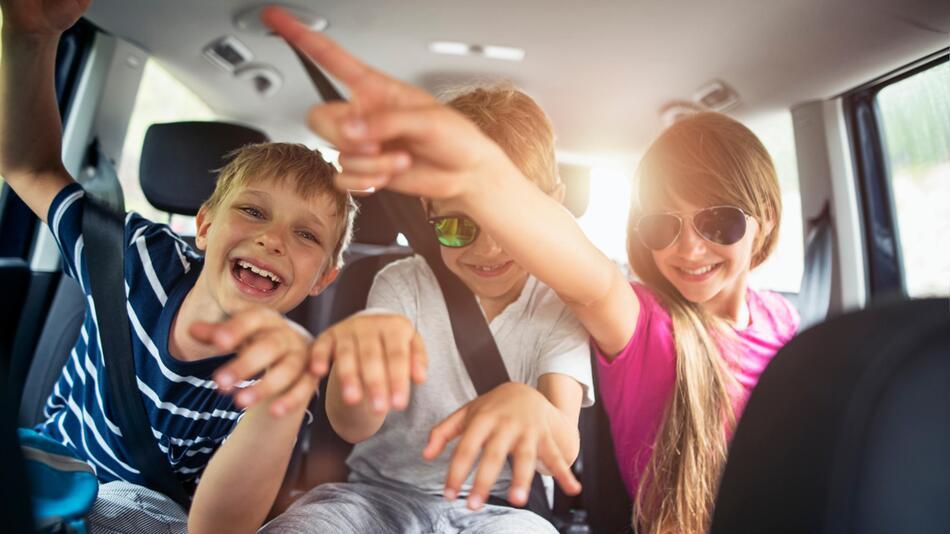 Auto, Langeweile, Stau, Beifahrer, Autofahren, Sommerferien, Spiele, Tipps, Ferien