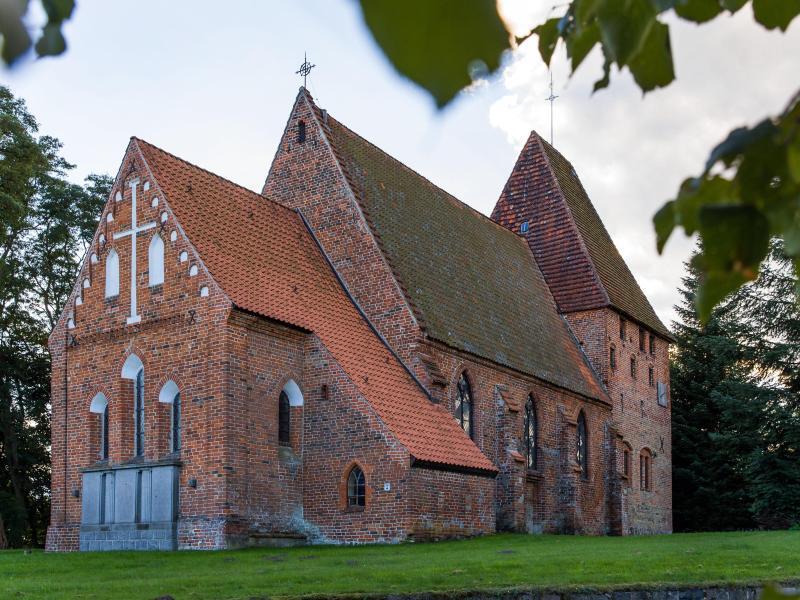 Kirche Herrnburg