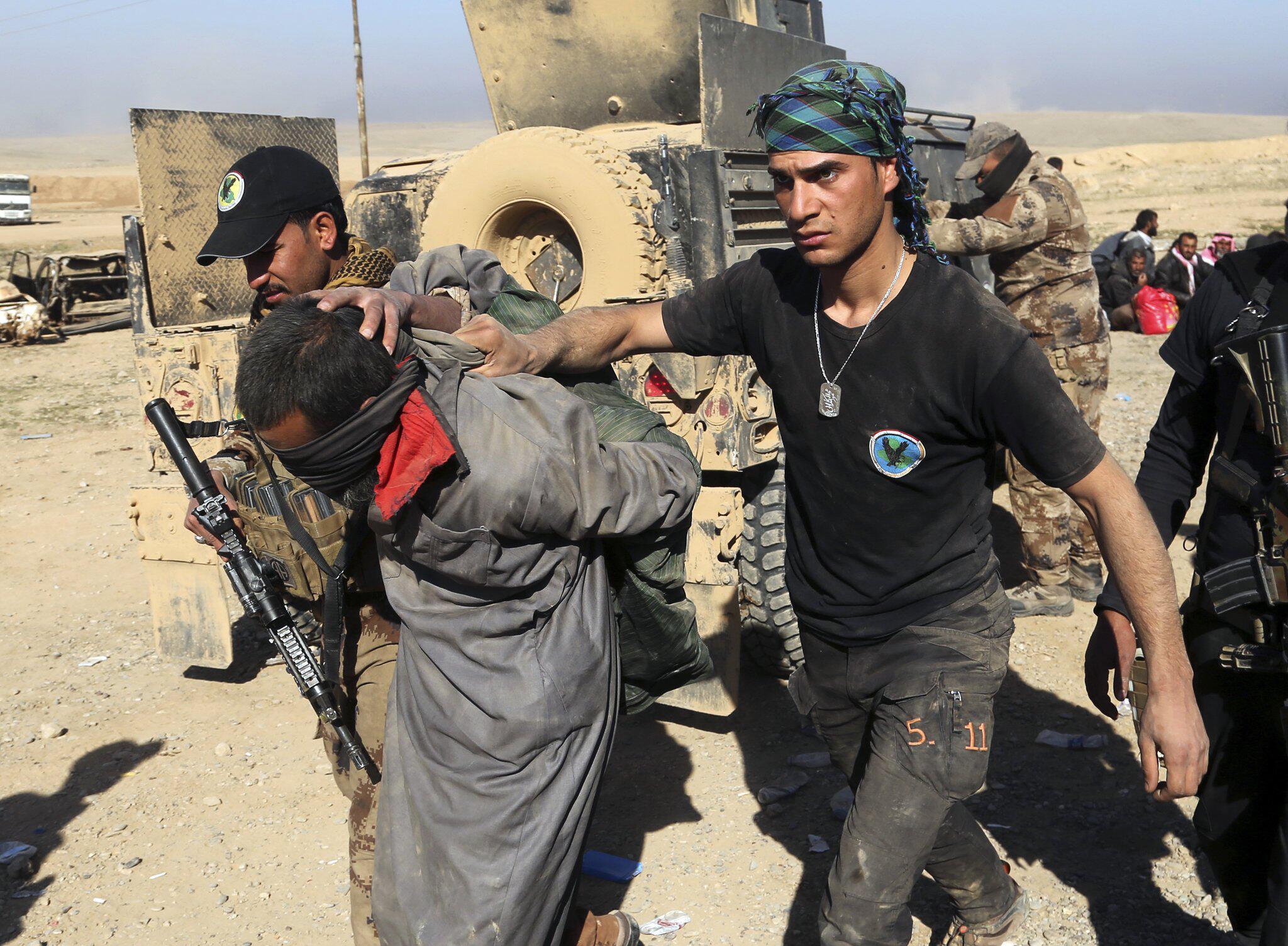 Bild zu Festnahme IS-Kämpfer