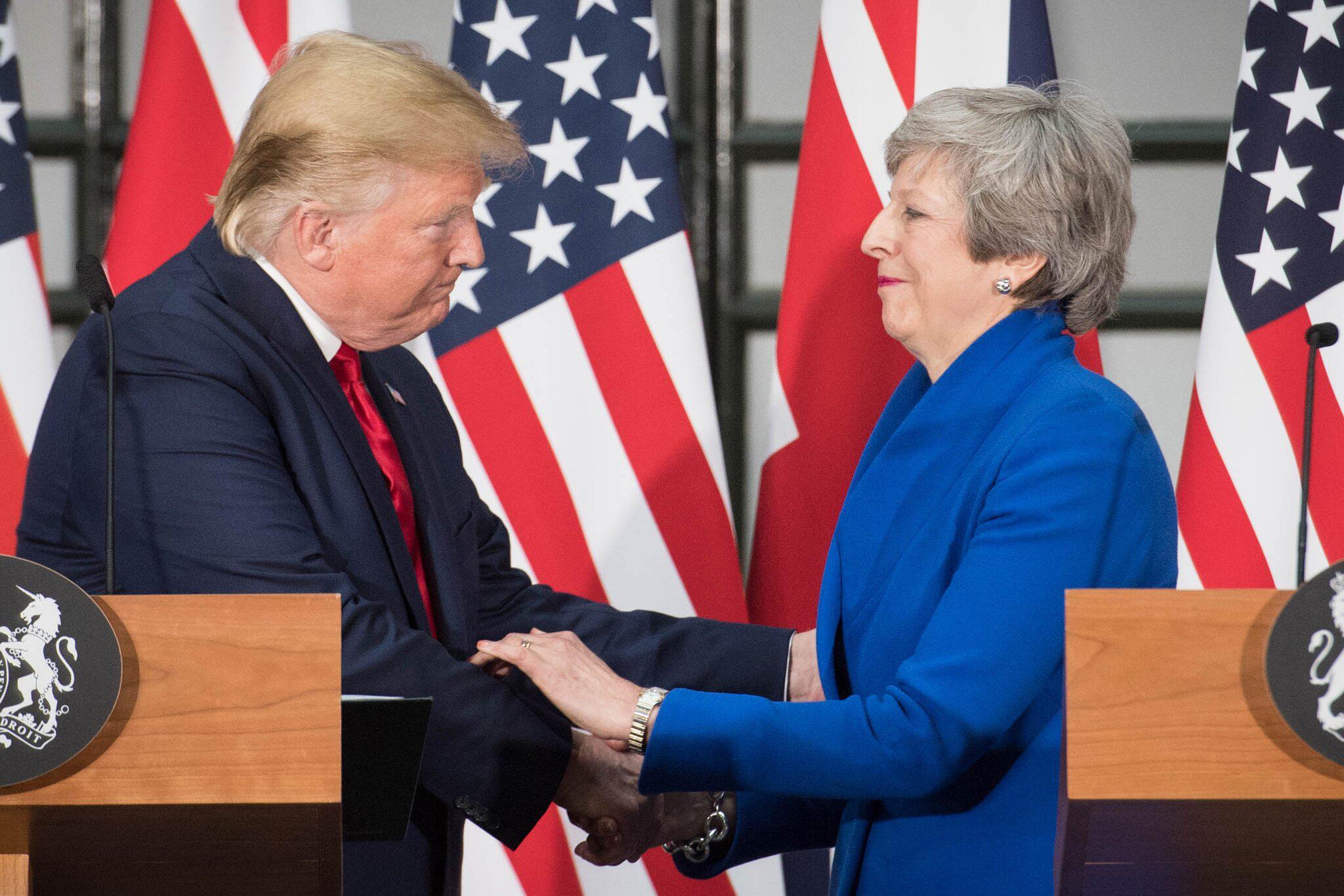 Bild zu US-Präsident Trump besucht Grossbritannien - May