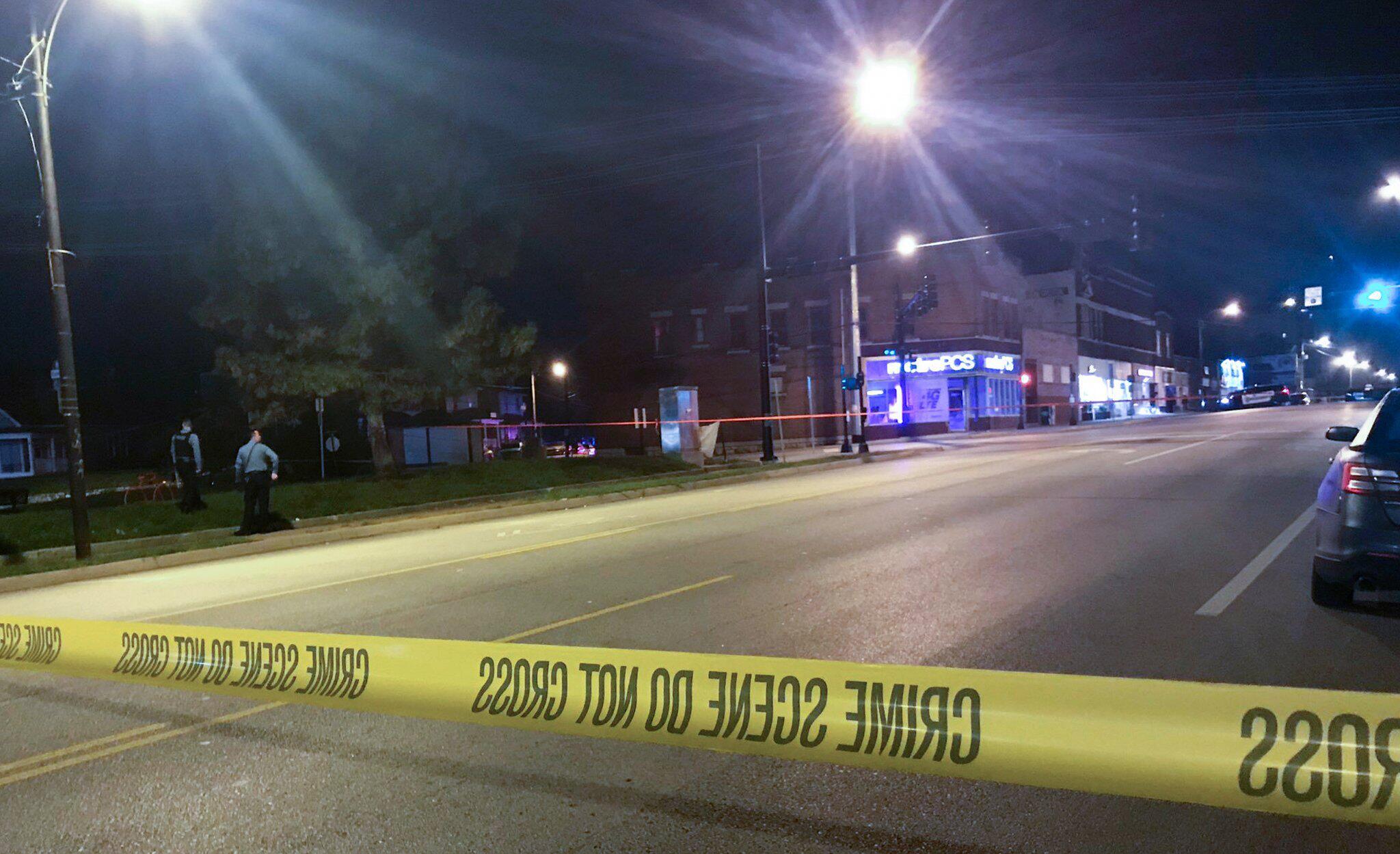 Bild zu Zwei Männer schiessen auf Barbesucher in den USA - vier Tote