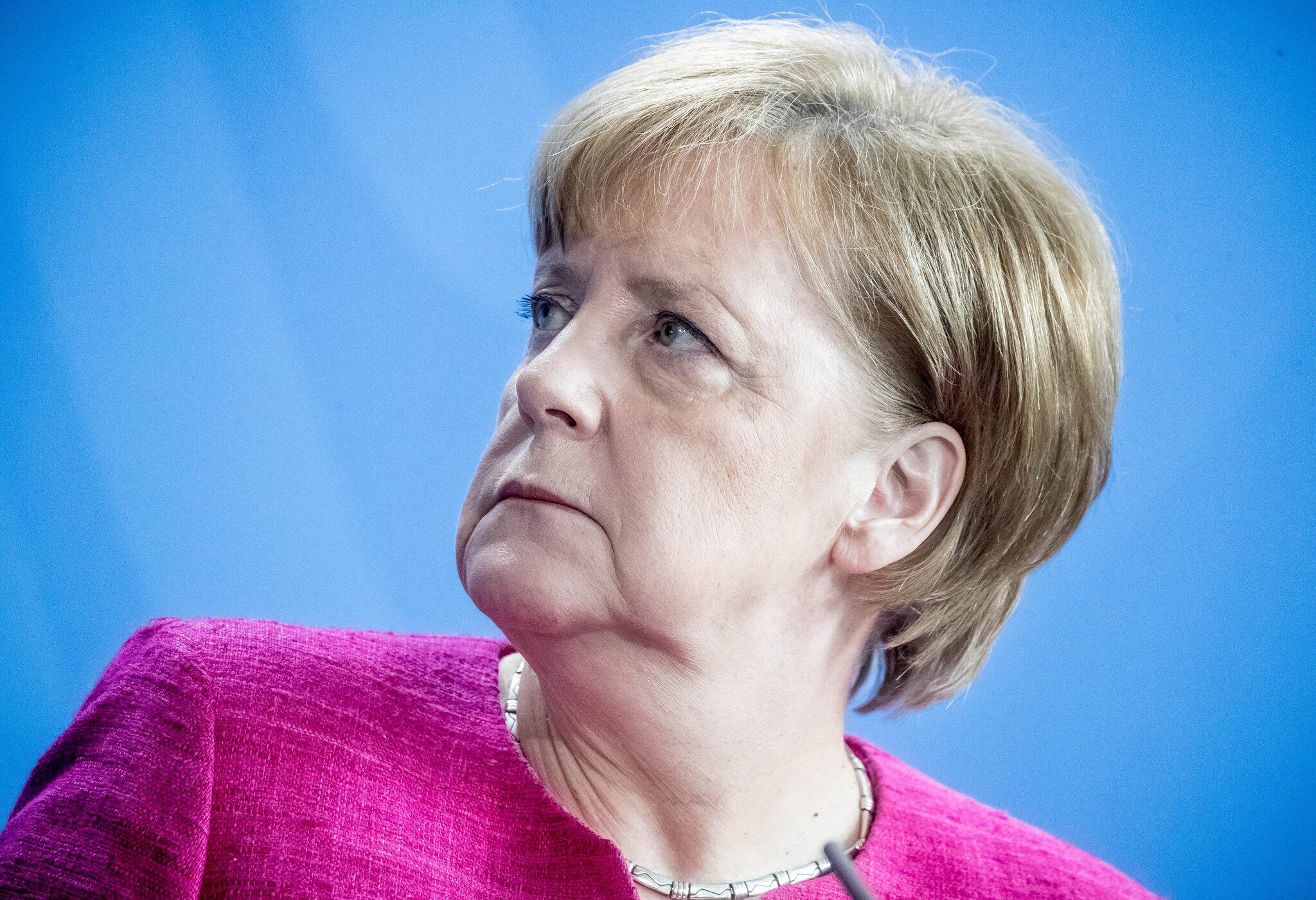 Bild zu Chancellor Merkel meets Stoltenberg