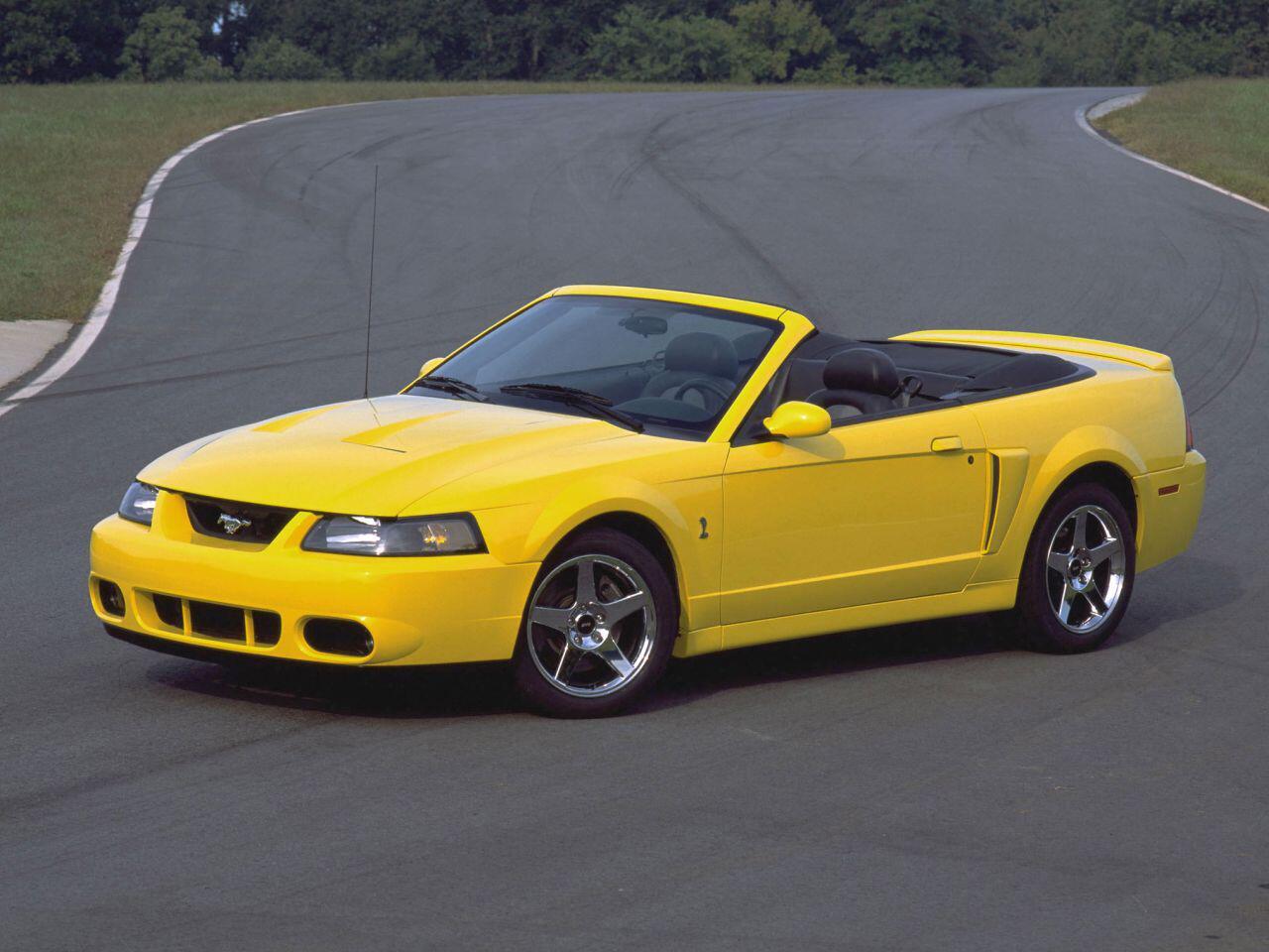 Bild zu Ein Ford SVT Mustang Cobra aus dem Jahr 2003: Eine absolute Spassmaschine
