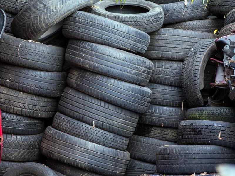 Bild zu Reifen