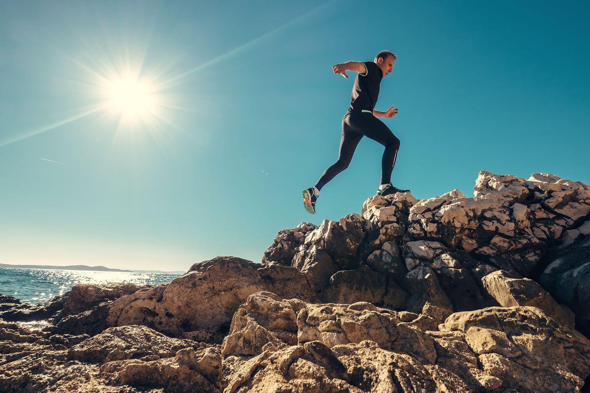 Bild zu sport, sommer, hitze, tipps, ratgeber, gesundheit, bewegung, training