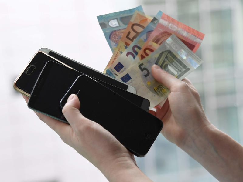 Bild zu Handy-Verkauf