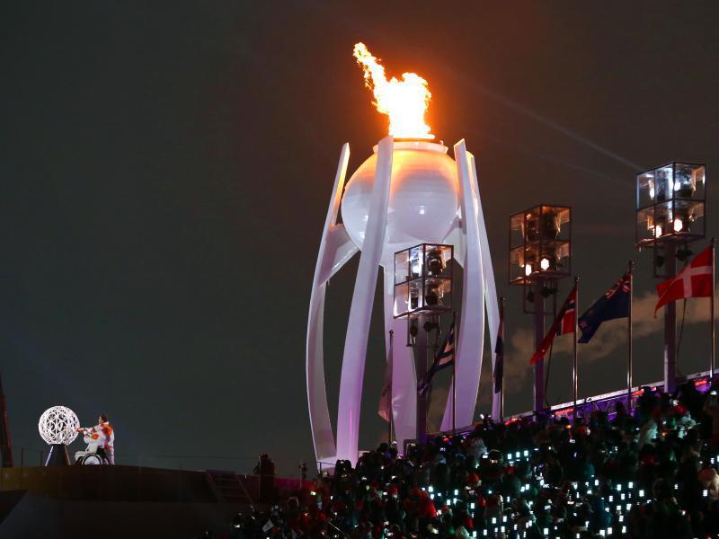 Bild zu Paralympische Flamme