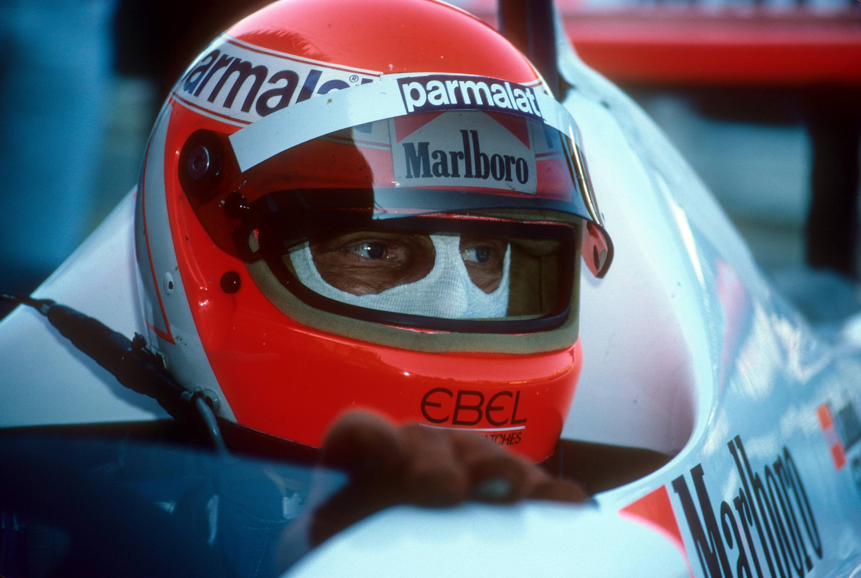 Bild zu Niki Lauda, McLaren, McLaren-Porsche, Formel 1, Zandvoort, 1983, Helm