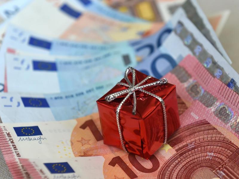 Zollgebuhren Auf Geschenkpaket Aus Dem Ausland Was Tun Gmx Ch