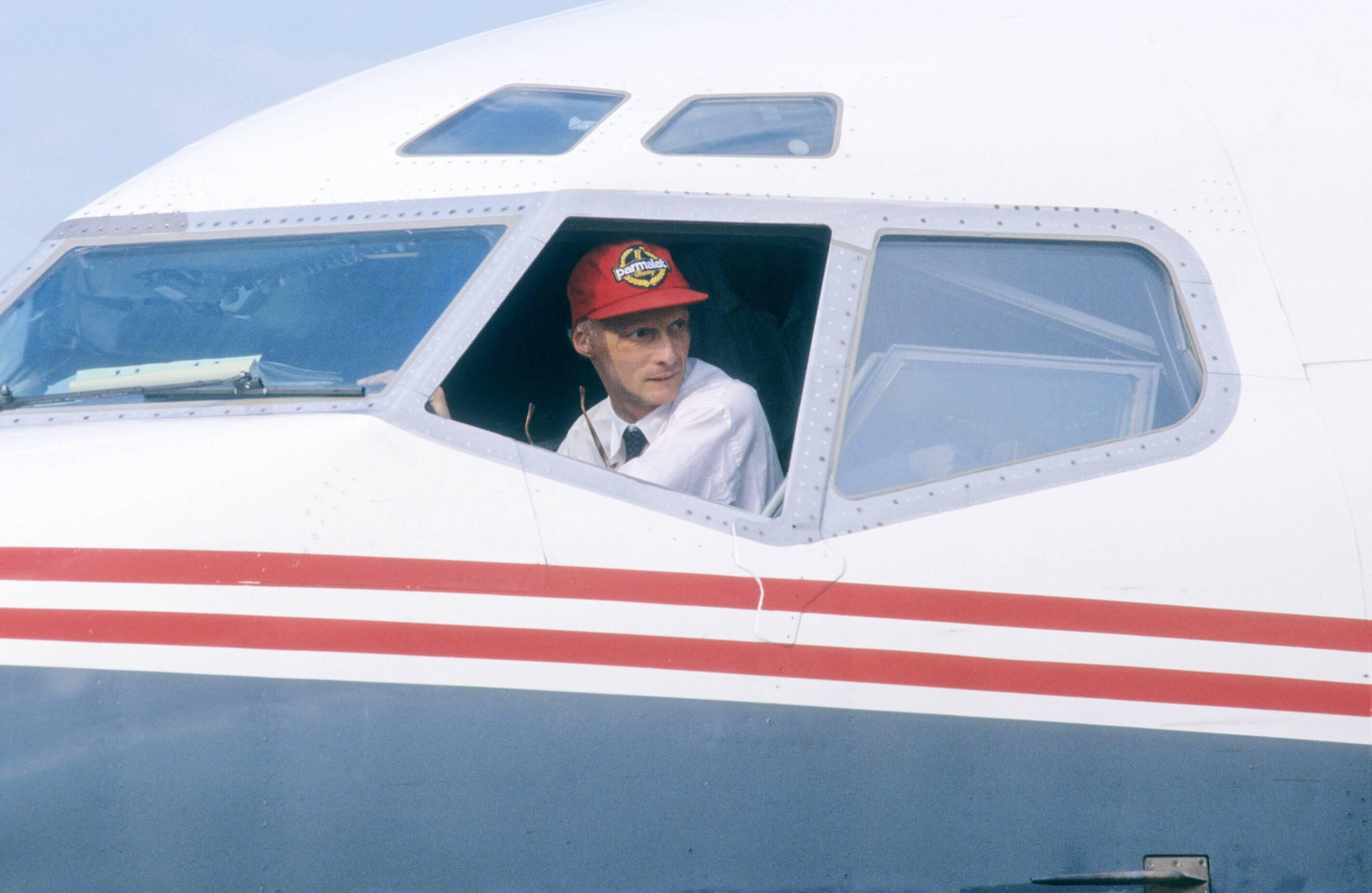 Bild zu Niki Lauda, Flugzeug, Lauda Air, Luftfahrt, 1987