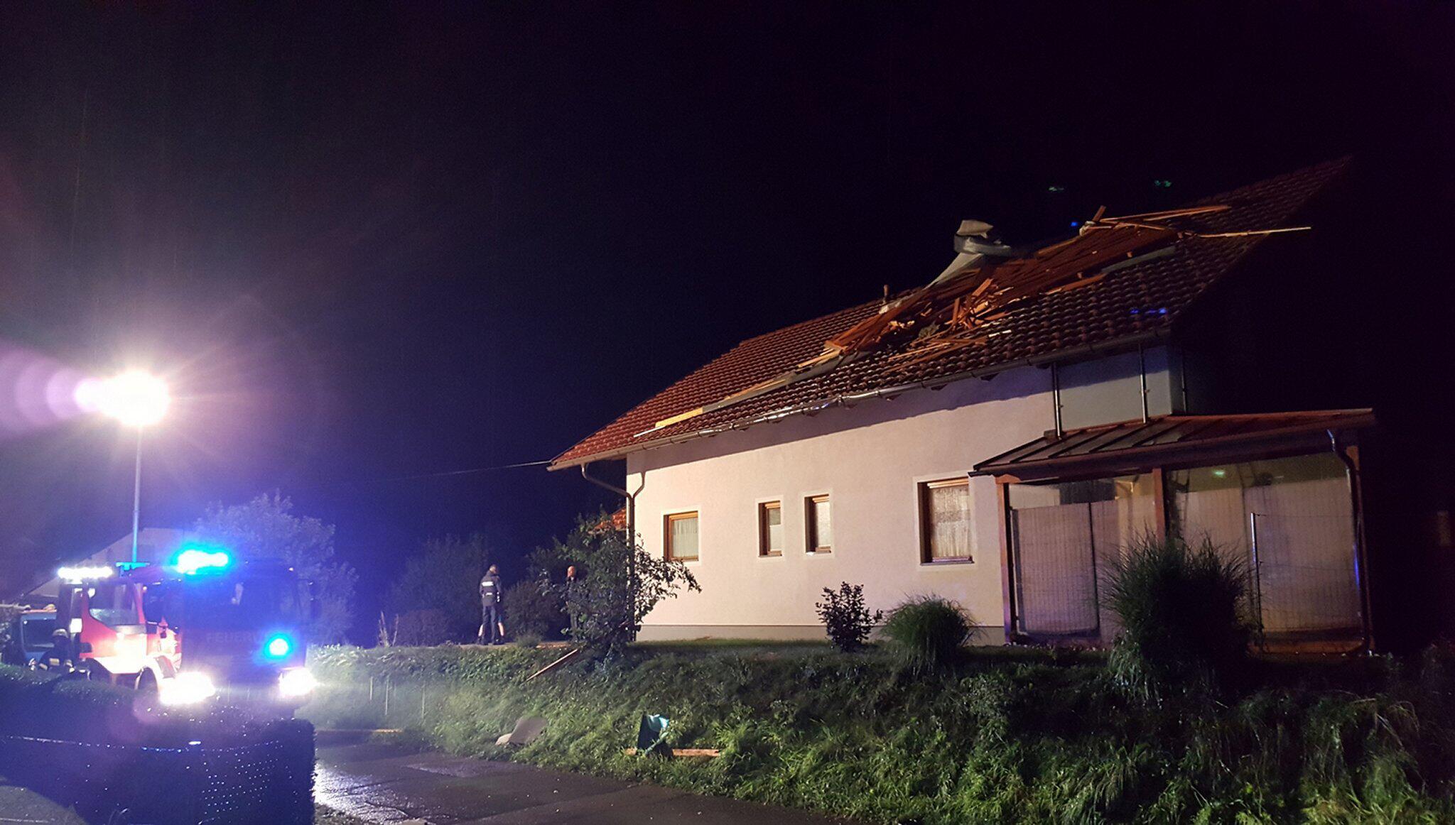 Bild zu Unwetter in Österreich
