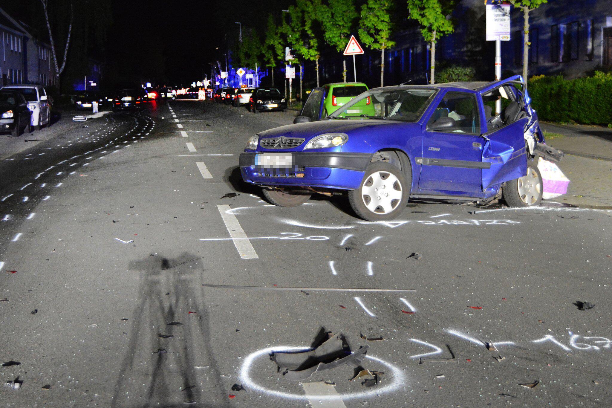 Bild zu Unbeteiligte bei mutmasslichem Autorennen getötet